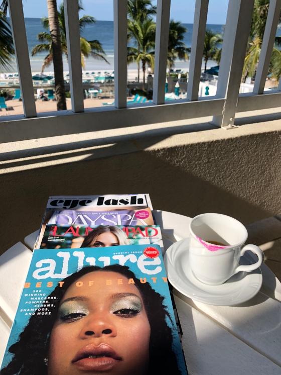 LIDO BEACH READING IMG_0713